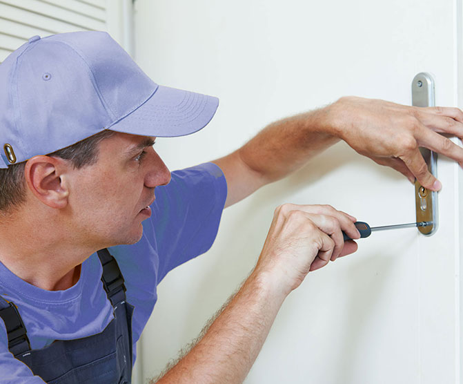 https://www.res-qlocksmiths.com.au/wp-content/uploads/2019/12/text-img-10.jpg