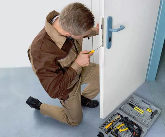 https://www.res-qlocksmiths.com.au/wp-content/uploads/2019/12/text-img-7.jpg