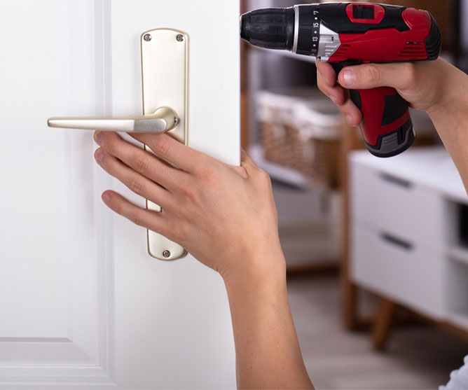 https://www.res-qlocksmiths.com.au/wp-content/uploads/2019/12/text-img-9.jpg